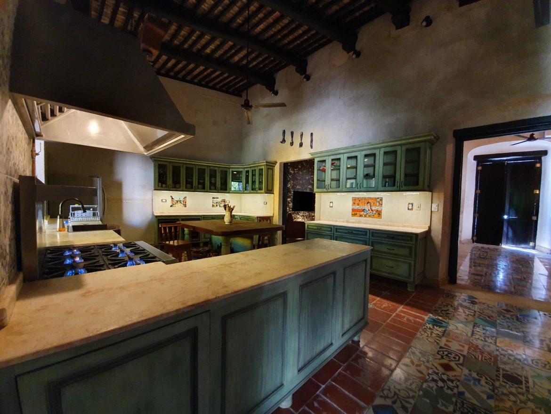 KitchenArea.jpg
